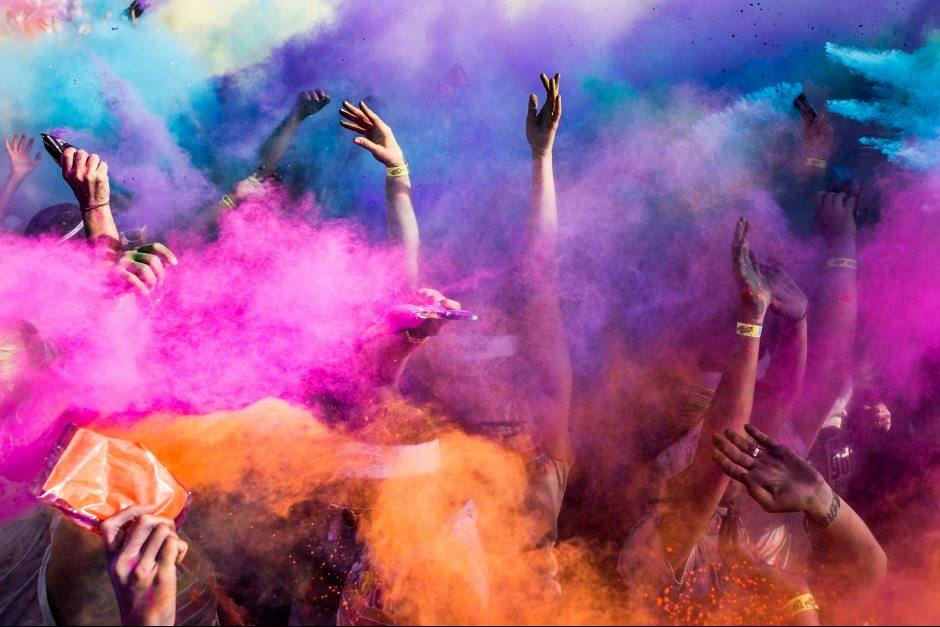 an explosion of colours in florence with the color run